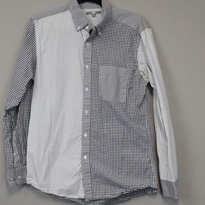 Uniqlo men's gray plaid button up shirt size M